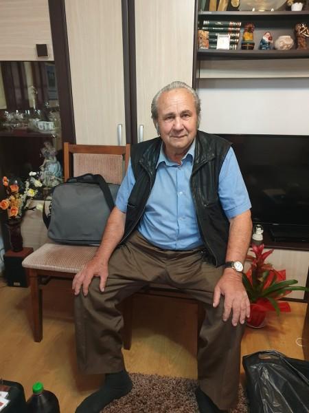 TacheConstantin, barbat, 74 ani, Ploiesti