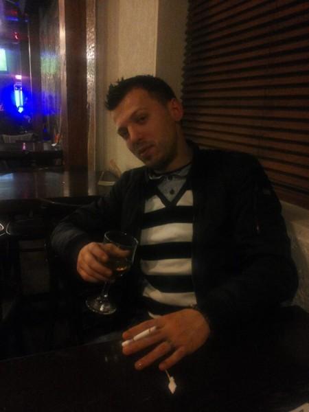 flokyz, barbat, 33 ani, BUCURESTI