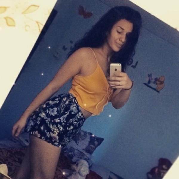 Denissa_maya, femeie, 23 ani, Oradea