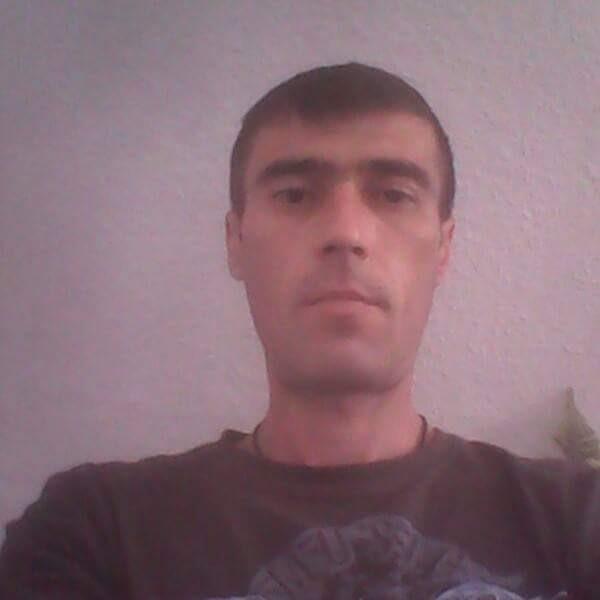 jhony82, barbat, 37 ani, Pascani