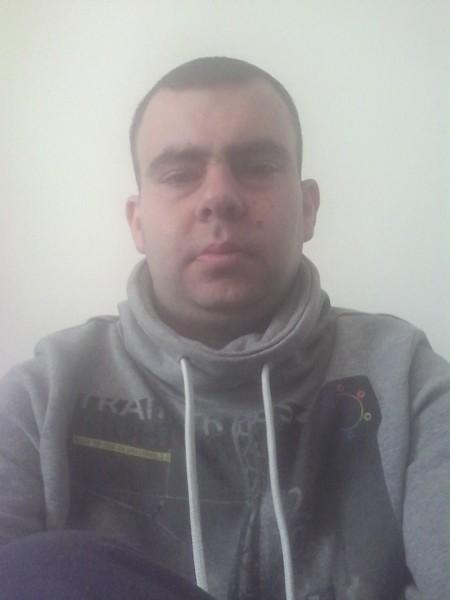 AndreiOctav1, barbat, 32 ani, BUCURESTI
