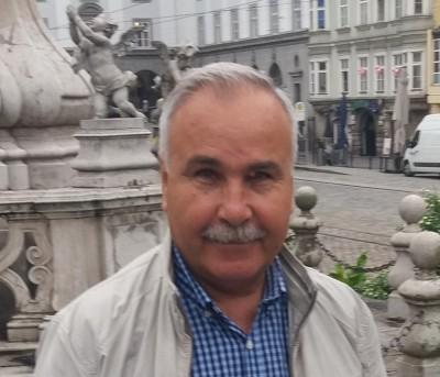 DavidVasile, barbat, 66 ani, BUCURESTI