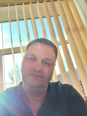 Danielnedelcu399, barbat, 47 ani, Pitesti