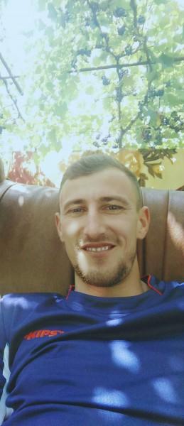 cozmin26, barbat, 31 ani, Craiova