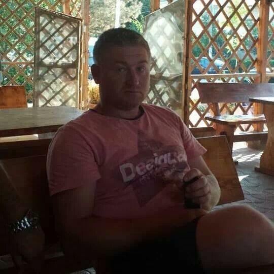 ionut8555, barbat, 34 ani, Franta