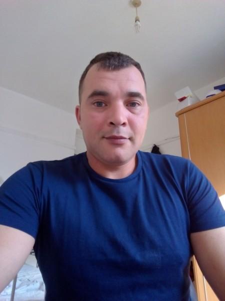 Christian3071, barbat, 36 ani, Marea Britanie