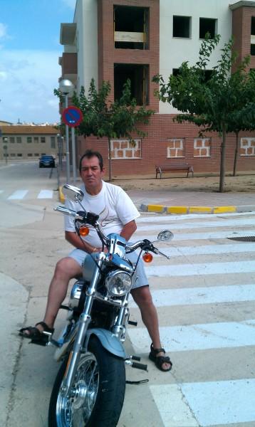 javino, barbat, 55 ani, Spania