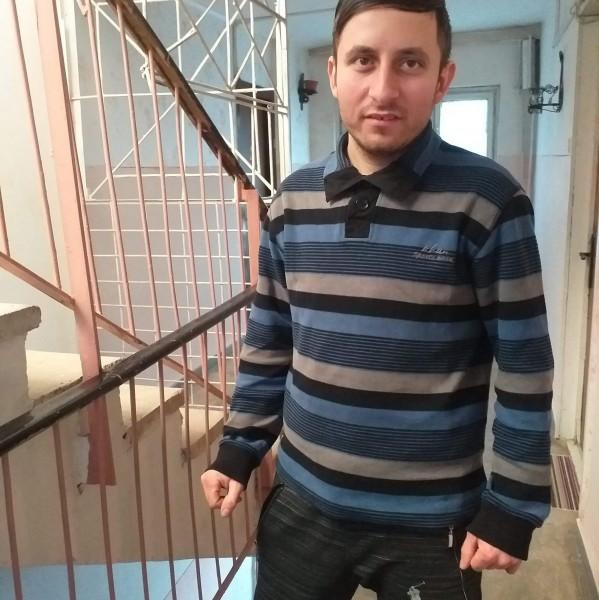 StaicuAndrei, barbat, 30 ani, BUCURESTI