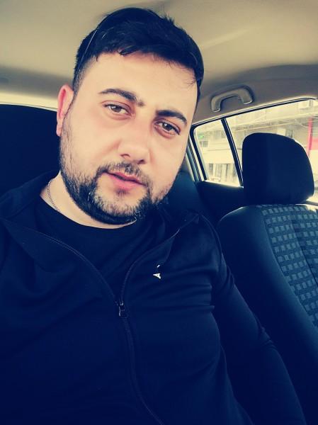 Flo86, barbat, 32 ani, BUCURESTI