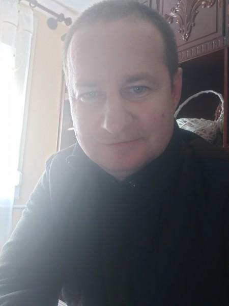 Luigino, barbat, 40 ani, Oradea