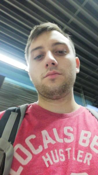 andrei246, barbat, 24 ani, BUCURESTI