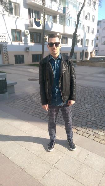 safeonlyu, barbat, 31 ani, Craiova