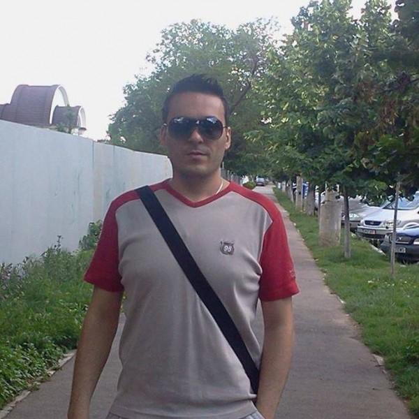 robertserban, barbat, 37 ani, BUCURESTI