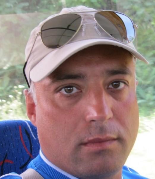 condea_george, barbat, 43 ani, Romania