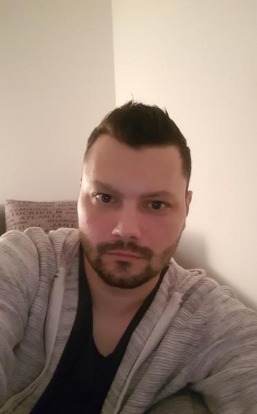 srazvans, barbat, 35 ani, Brasov