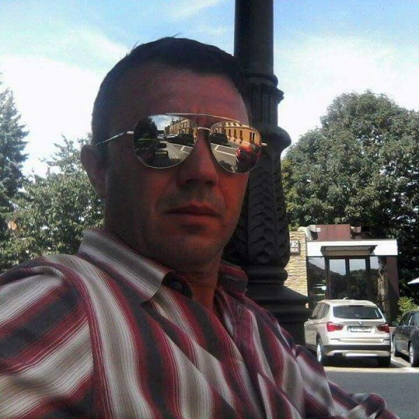 bivolarugelu, barbat, 47 ani, BUCURESTI