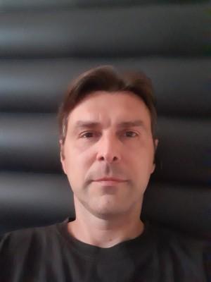 MariusG78, barbat, 42 ani, Galati