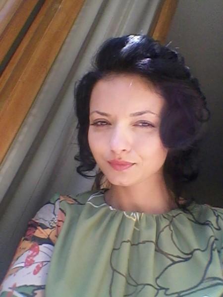 AlyGaby, femeie, 30 ani, Targu Jiu
