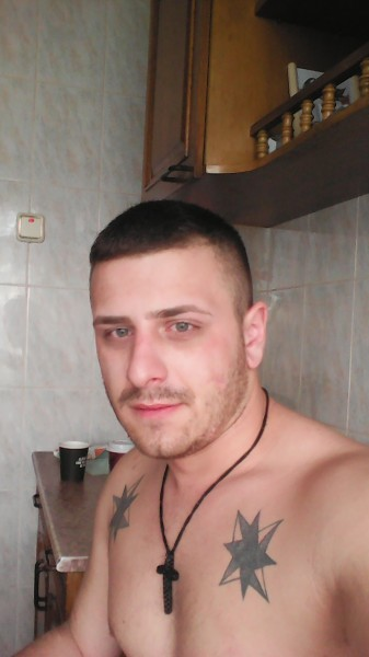 Iustiniulian01, barbat, 28 ani, Romania