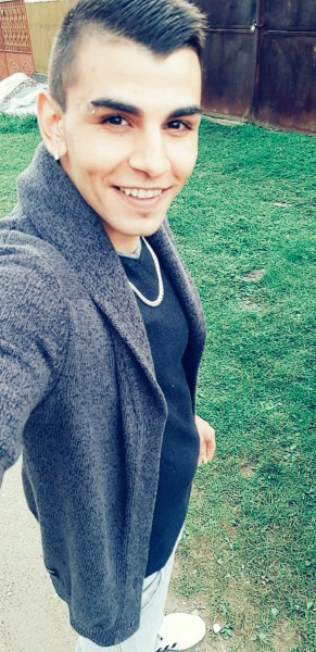 Andreasx, barbat, 23 ani, Alba Iulia
