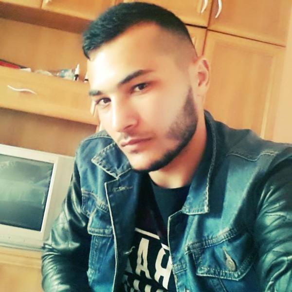 Yonwtz1996, barbat, 23 ani, Gaesti