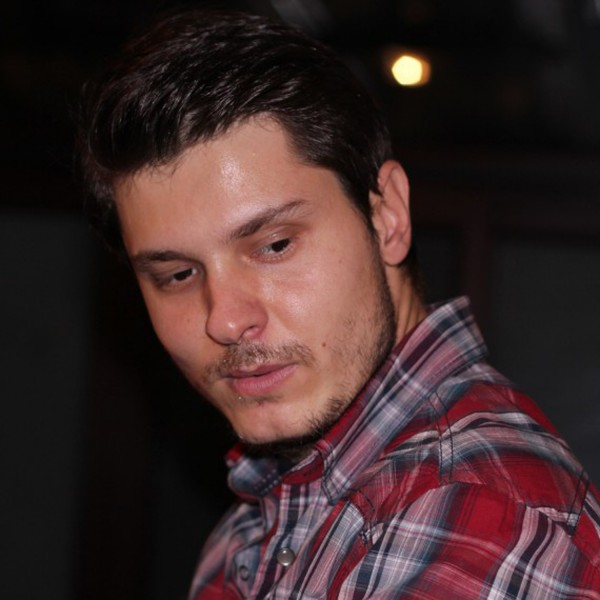 Tavy82, barbat, 36 ani, BUCURESTI