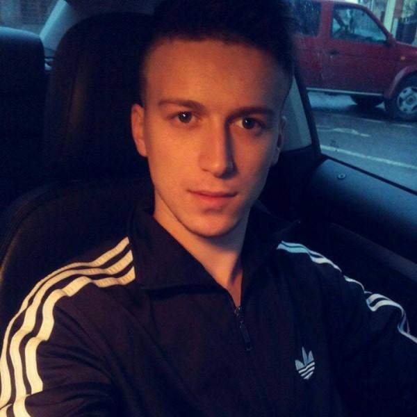 IonutParaschiv, barbat, 23 ani, Baia Mare