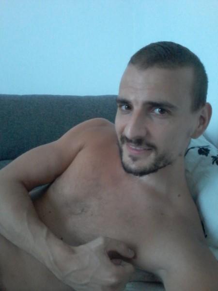 edy22, barbat, 30 ani, Arad