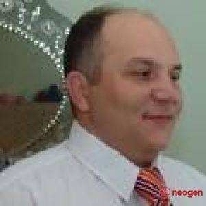 quihote, barbat, 48 ani, Oradea