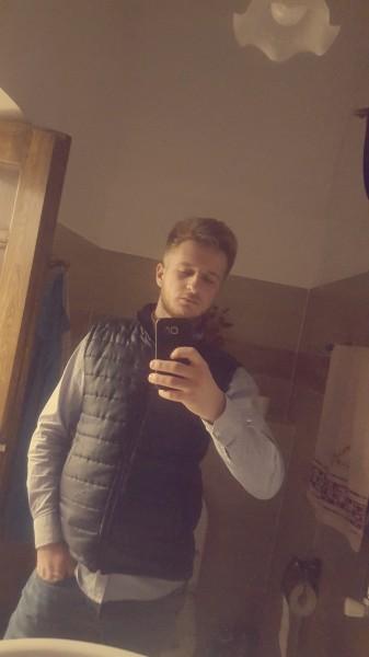 CosminVip, barbat, 20 ani, BUCURESTI
