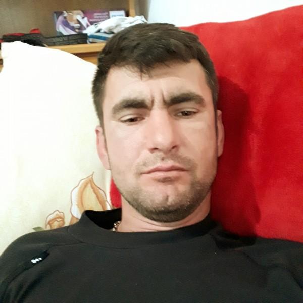 Edmondo, barbat, 41 ani, Targu Jiu