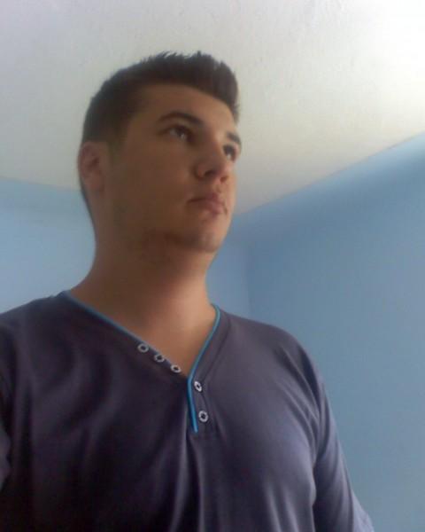 raul_sebastian, barbat, 30 ani, BUCURESTI
