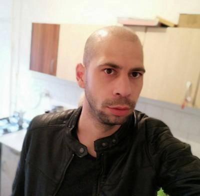 cosmin2344, barbat, 34 ani, Cluj Napoca