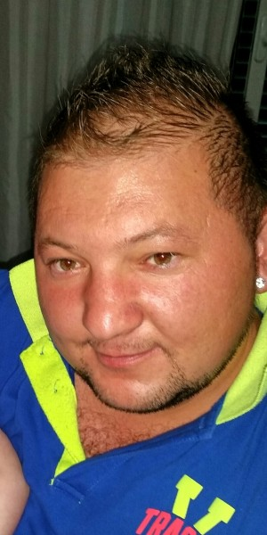 tzutzu087, barbat, 32 ani, Romania