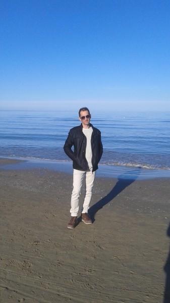 Danieledaniele, barbat, 42 ani, Marea Britanie