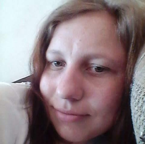 ely22, femeie, 29 ani, Cisnadie