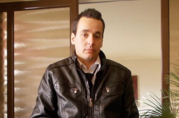 Ionutz33, barbat, 30 ani, Botosani
