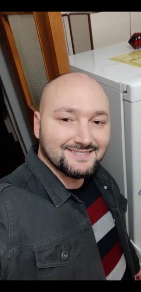 Alexes, barbat, 35 ani, BUCURESTI
