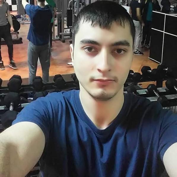 Cyneeck, barbat, 27 ani, Romania