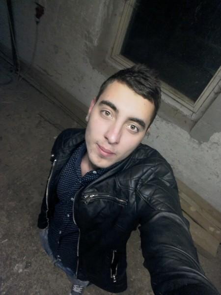 dragos199620, barbat, 22 ani, Gheorgheni