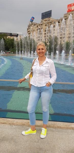 Monsserat, femeie, 49 ani, BUCURESTI