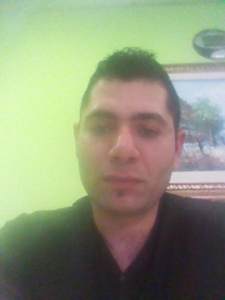 blu, barbat, 32 ani, Italia