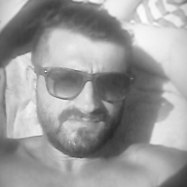 marian_resita, barbat, 26 ani, Resita