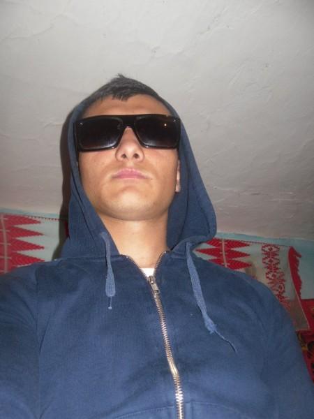 Utzu94, barbat, 24 ani, Ramnicu Valcea