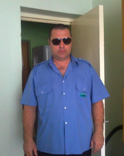 gyoniforas, barbat, 46 ani, Drobeta Turnu Severin