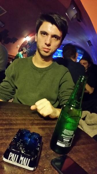 Laur1993, barbat, 27 ani, BUCURESTI
