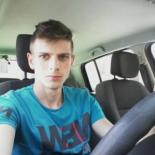 alexfeurdean, barbat, 24 ani, Orastie