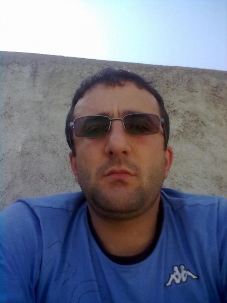 alingeorge2021, barbat, 41 ani, Targoviste