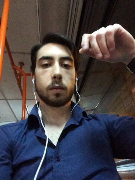 Simion_Andei, barbat, 23 ani, BUCURESTI