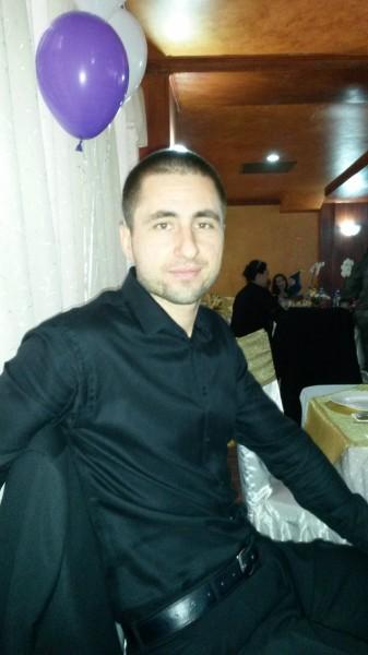 Gabriel_xy, barbat, 33 ani, Craiova